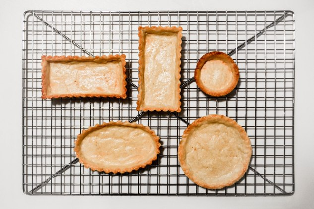 ironstone kitchen - pate brisee - tart shells on cooling rack