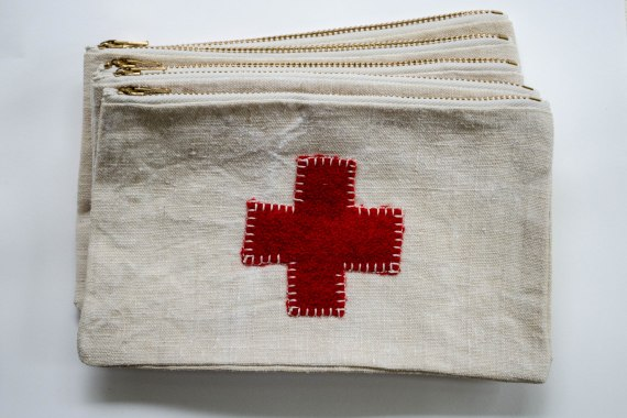 komedal road - red cross pouch with cream zippes