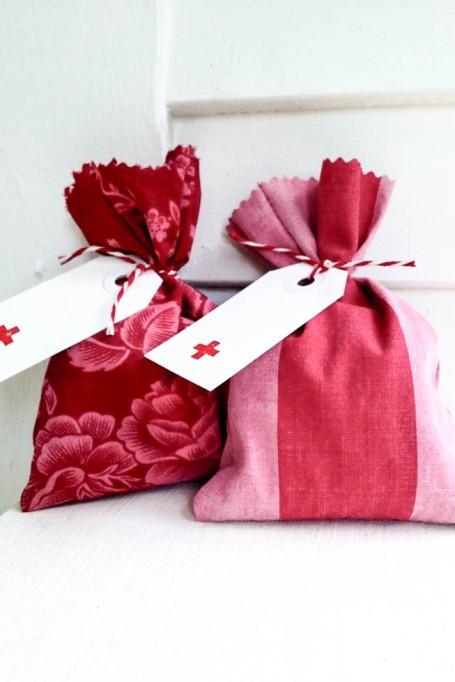 komedal road - valentine lavender sachets