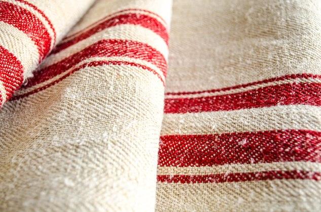 Komedal Road - Red Stripe Grainsack 3