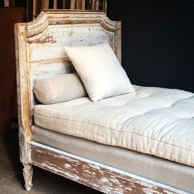 FRENCH MARKET GOODS - FRENCH BED